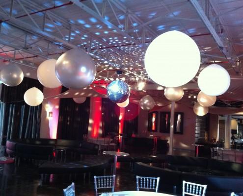 3' balloon orbs