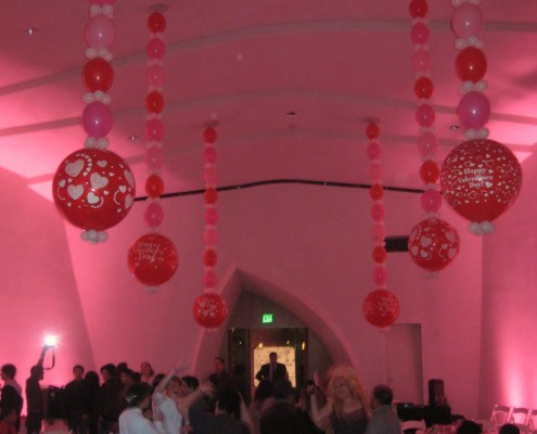 ceiling-dance floor balloons with 3' orb