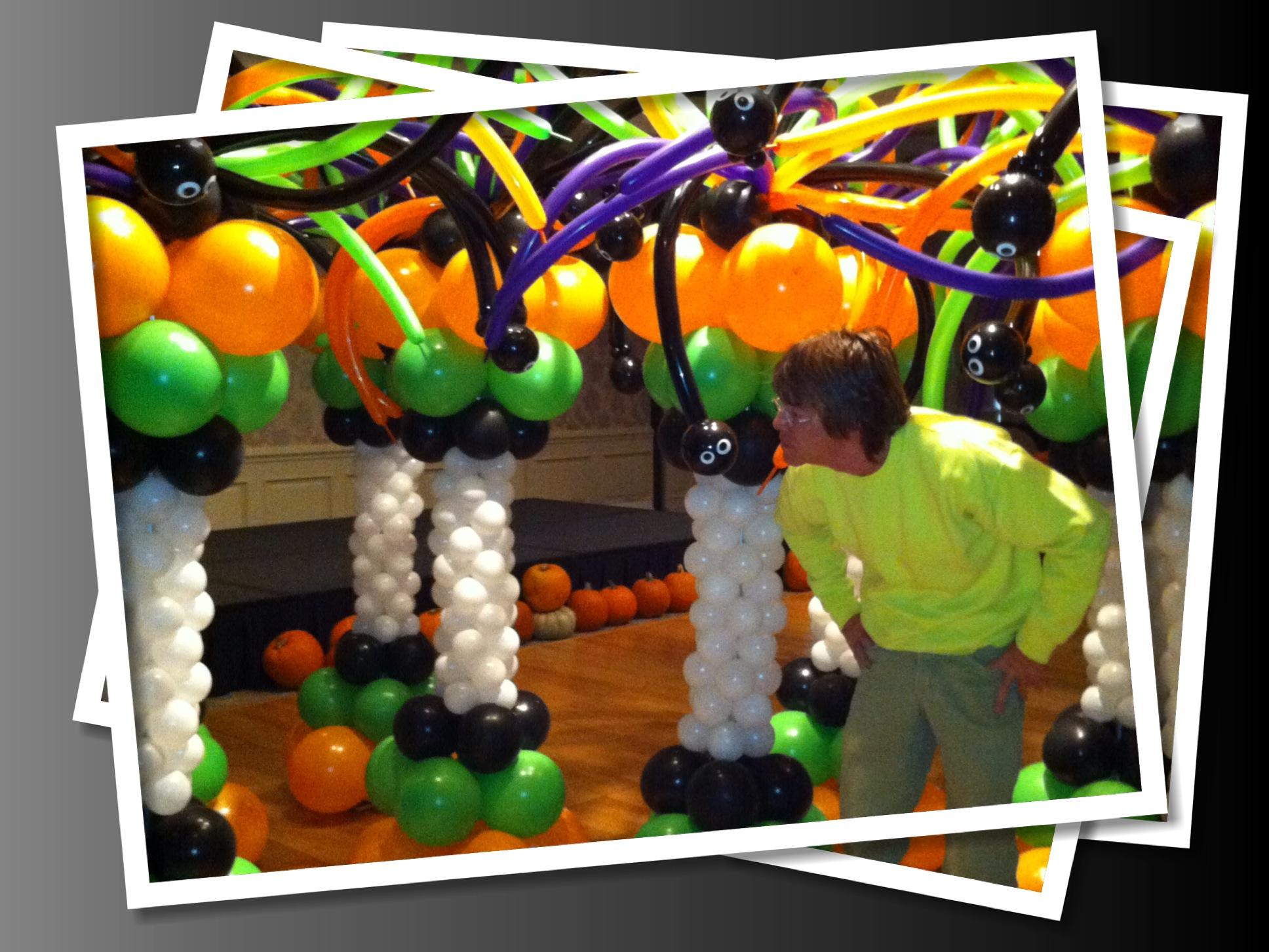 Balloon column - Halloween