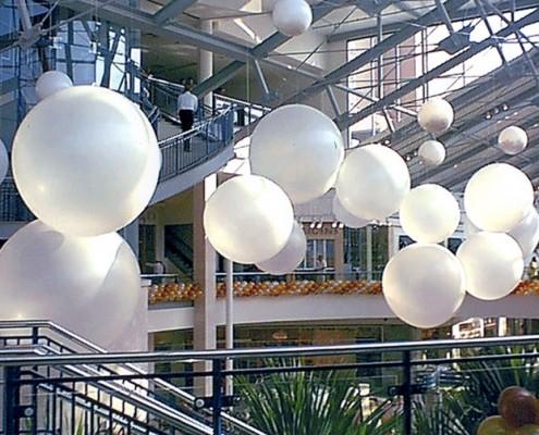 gaint balloons