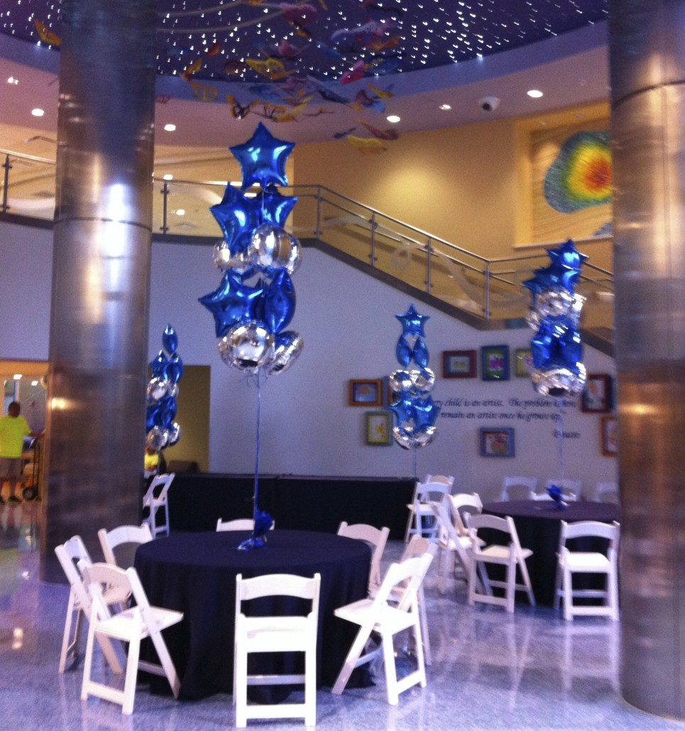 Balloon centerpieces balloon city is a unique decorating for Balloon decoration company