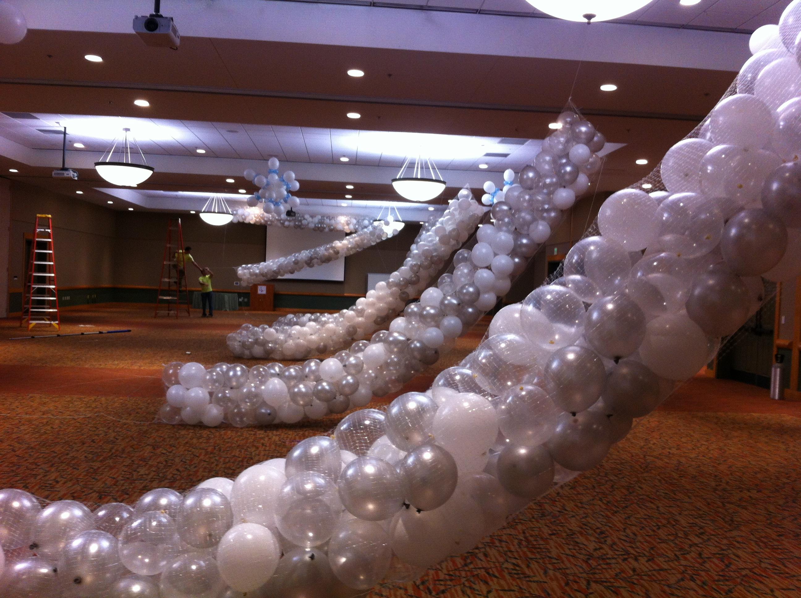 new years eve balloon drops